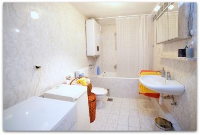 6 Bathroom III